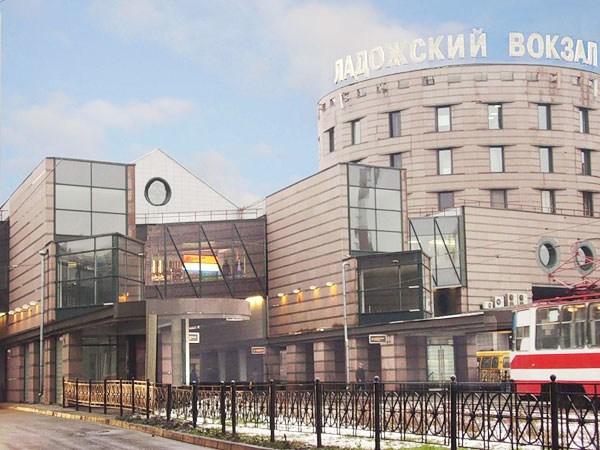 Фотография вокзала. Ладожский вокзал в Санкт-Петербурге
