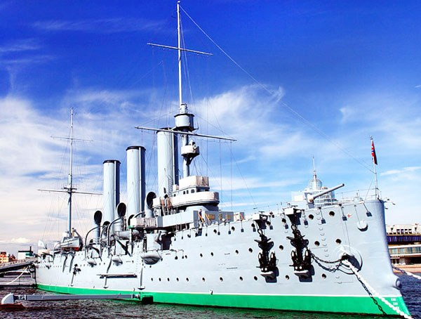 Фотография достопримечательности. Крейсер Аврора в Санкт-Петербурге