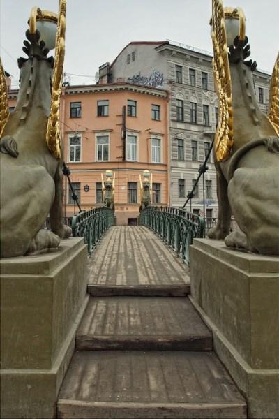Фотография достопримечательности. Банковский мост в Санкт-Петербурге