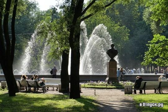 Фотография достопримечательности. Александровский парк в Санкт-Петербурге