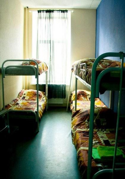 Хостел Alpha Hostel, шестиместный номер