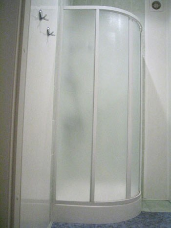 Ванная комната хостела Невский 106 в Санкт-Петербурге