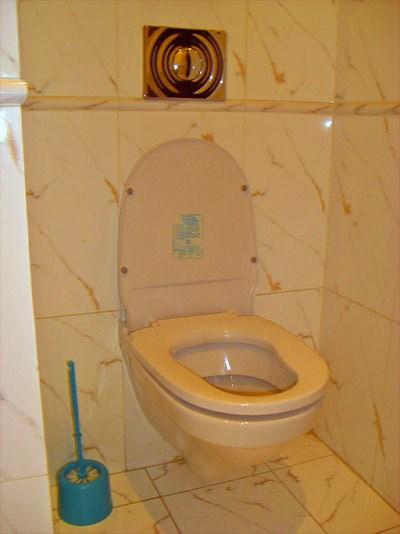 Ванная комната в хостеле Юлана в Орловском переулке, Санкт-Петербург