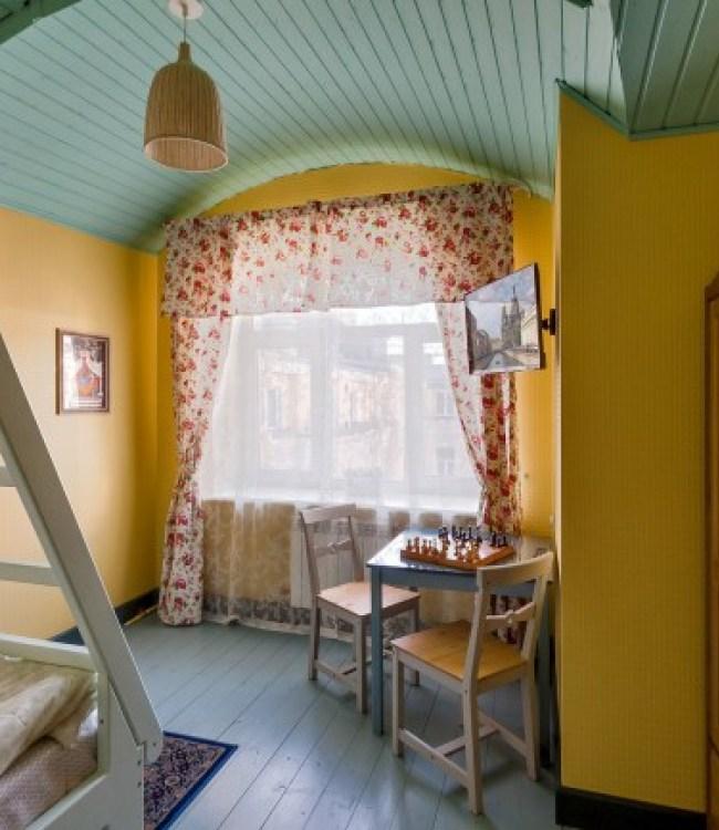 Новый хостел в Санкт-Петербурге - Друзья у Дома Книги