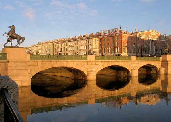 Фотография достопримечательности. Аничков мост в Санкт-Петербурге