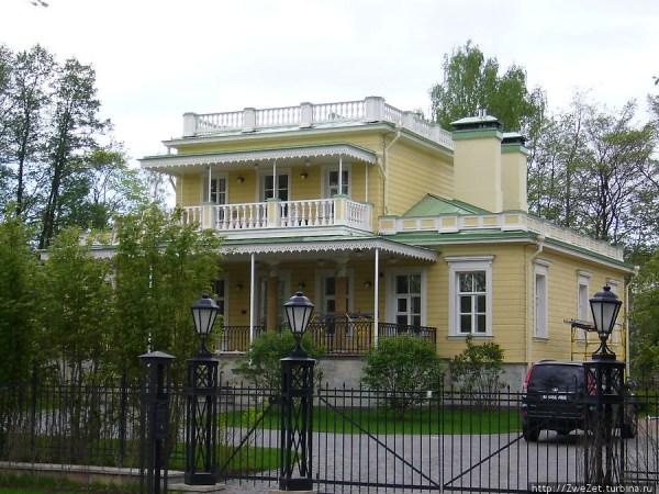 Фотография достопримечательности. Каменный остров в Санкт-Петербурге