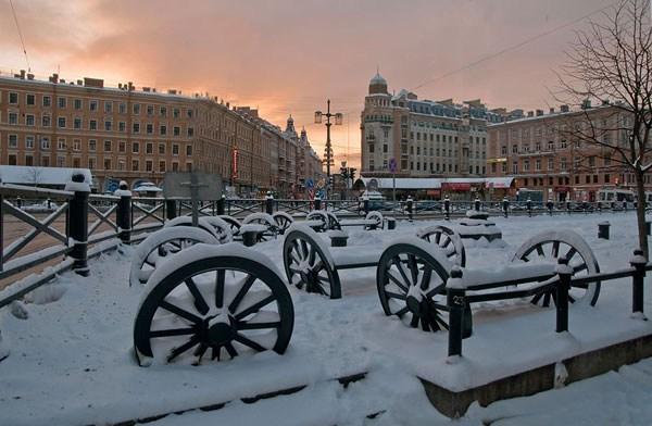 Фотография достопримечательности. Сенная площадь в Санкт-Петербурге