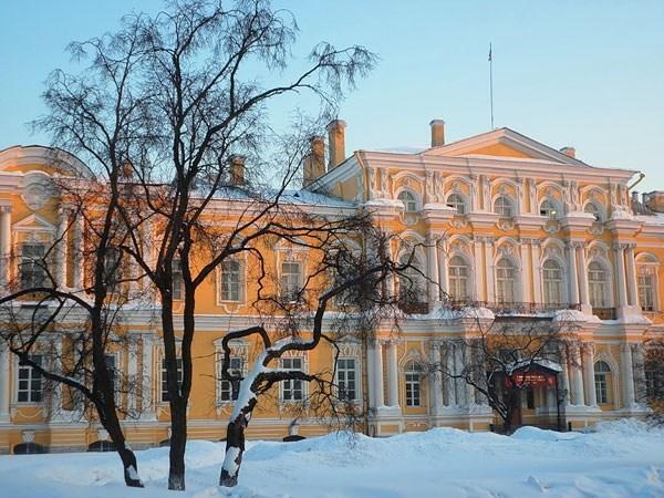 Фотография достопримечательности Суворовское училище