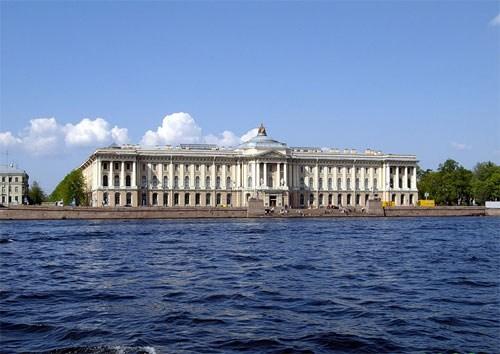 Фотография достопримечательности. Академия художеств в Санкт-Петербурге
