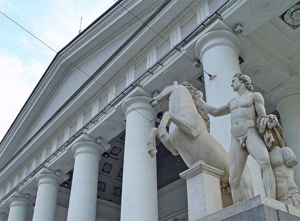 Фотография достопримечательности Конногвардейский манеж (Выставочный зал Манеж)