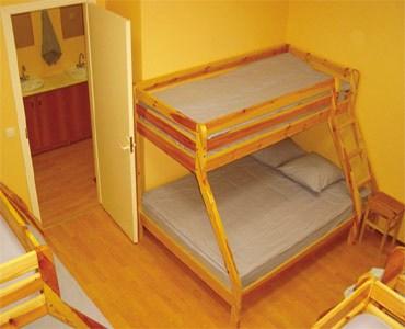 8-местный номер в хостеле Sleep Cheap (Слип Чип), Санкт-Петербург