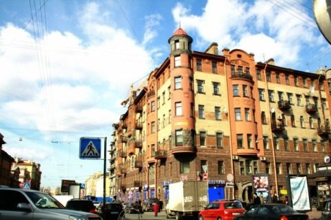 Здание, где расположен  хостел Кот Матроскин
