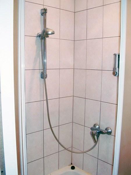 Ванная комната в хостел Август в Санкт-Петербурге
