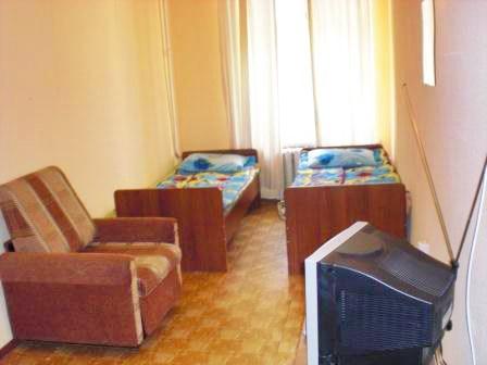 Номер на двоих в недорогой гостинице Пифагор, Санкт-Петербург