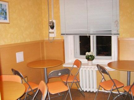 Кухня в хостеле  У Камина в Петербурге