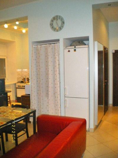 Кухня в хостеле Юлана в Орловском переулке, Санкт-Петербург