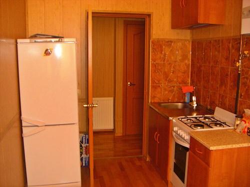 Кухня в хостеле Юлана на Невском проспекте в Петербурге