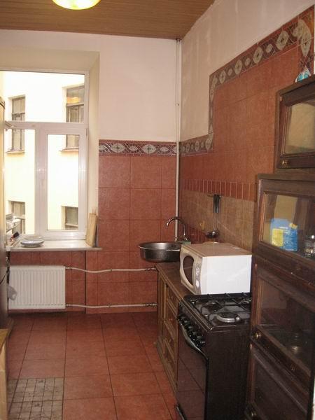 Комфортная кухня в хостеле на Фурштатской в Санкт-Петербурге