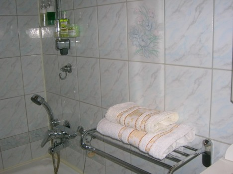 Ванная комната в гостинице Fancy Place, Санкт-Петербург